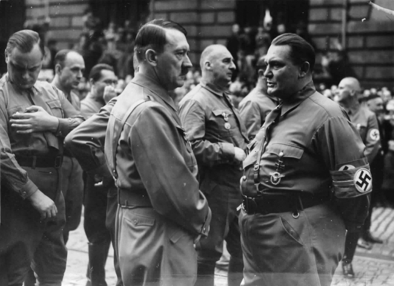 Adolf Hitler and Hermann Göring in front of the Bürgerbräukeller