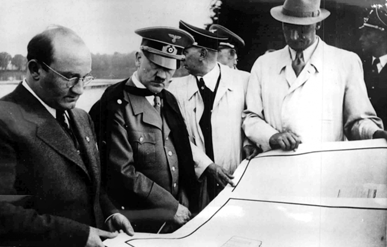 Hitler visits the construction work of the Reichsparteitag