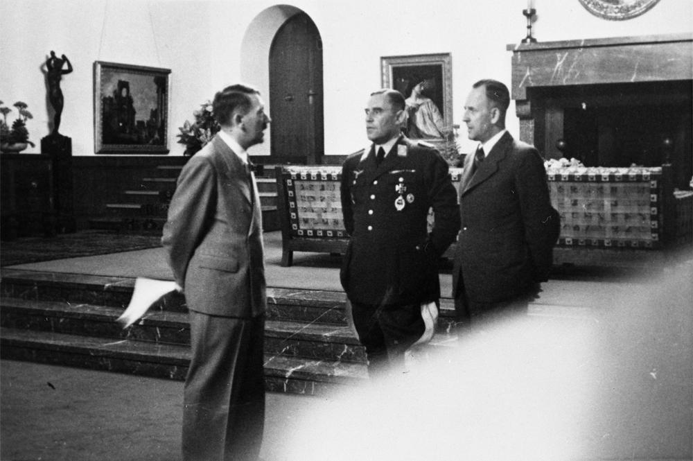 Adolf Hitler at the  Berghof while Ribbentrop was negociating the german soviet pact in Moscow, from Eva Braun's album