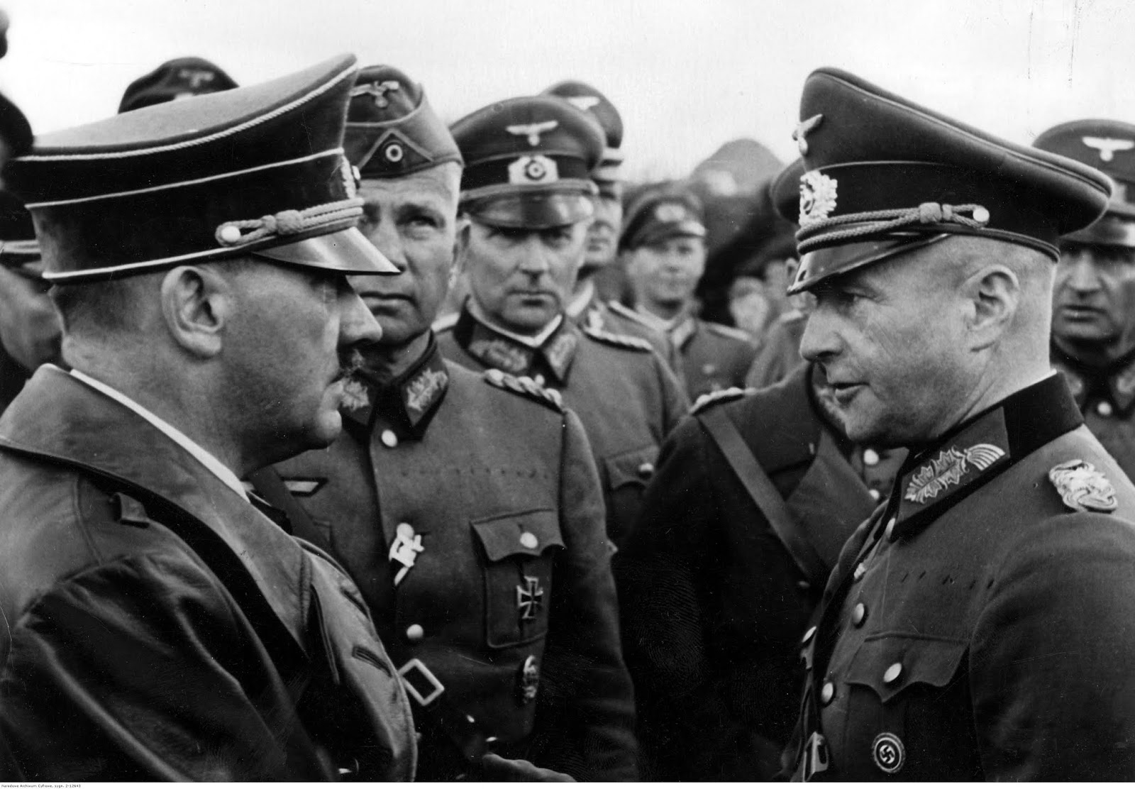 Adolf Hitler at Alexandrow airport visits Heeresgruppe Süd during the attacks on Warsaw