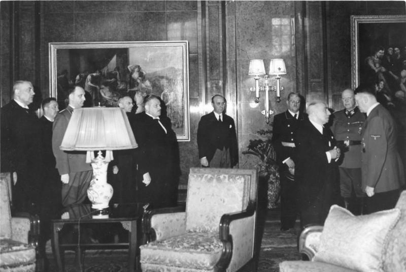 Emil Hacha with Hitler in Berlin